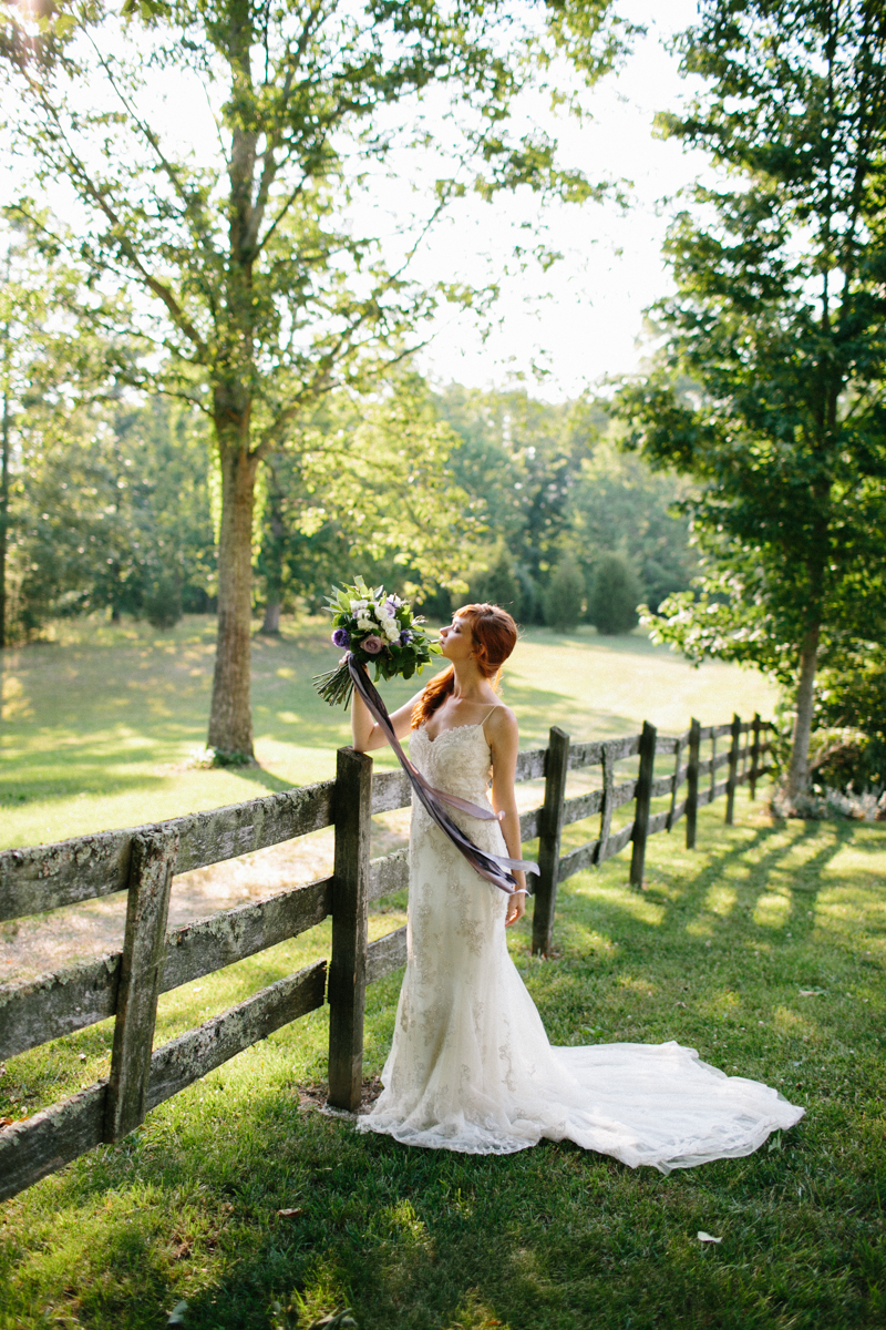 Abby_Elizabeth_Knoxville_Wedding_Photography_Horse_Boho_Bride_Bjorvala_Farms_red_Hair (49 of 63).jpg