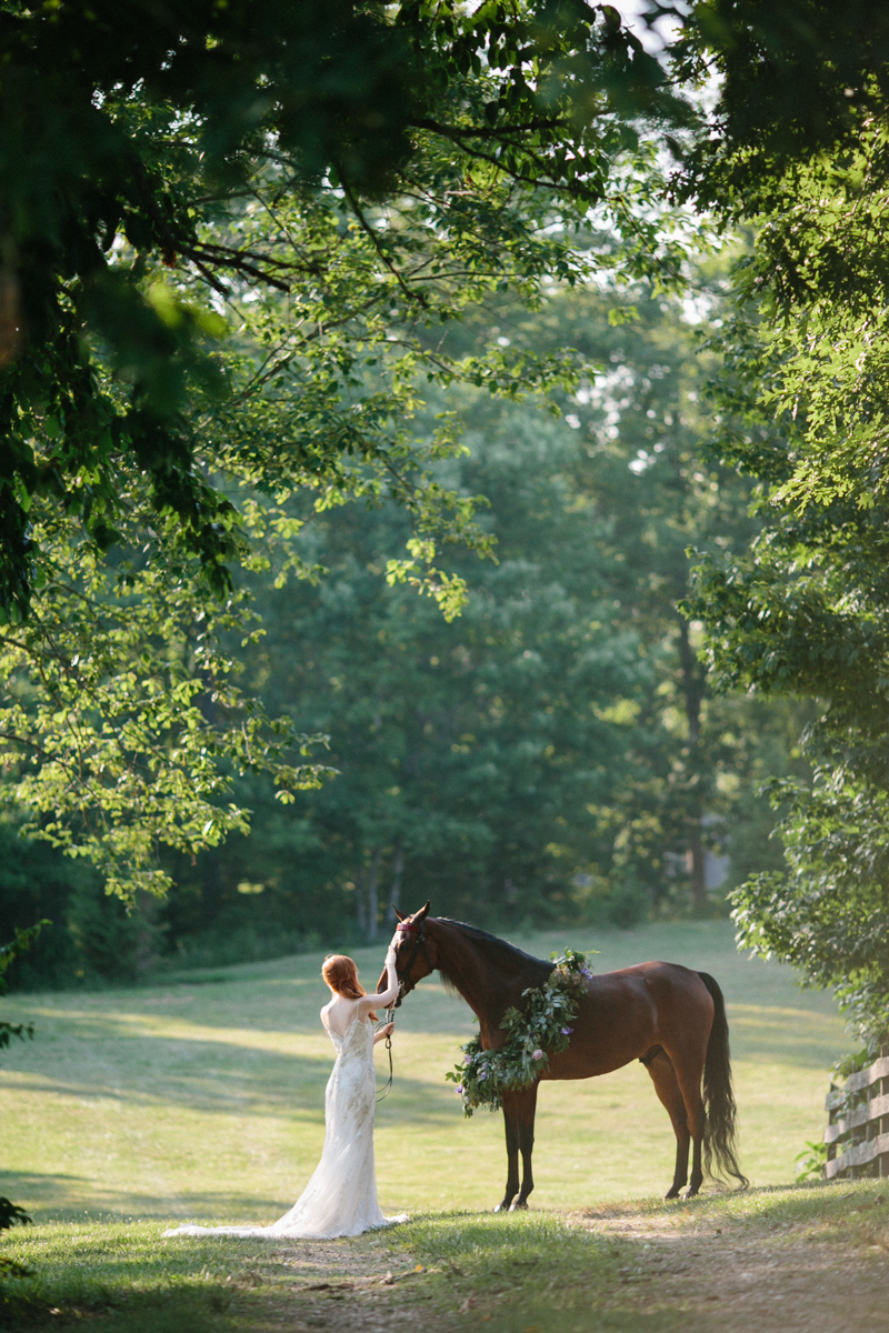 Abby_Elizabeth_Knoxville_Wedding_Photography_Horse_Boho_Bride_Bjorvala_Farms_red_Hair (53 of 63).jpg