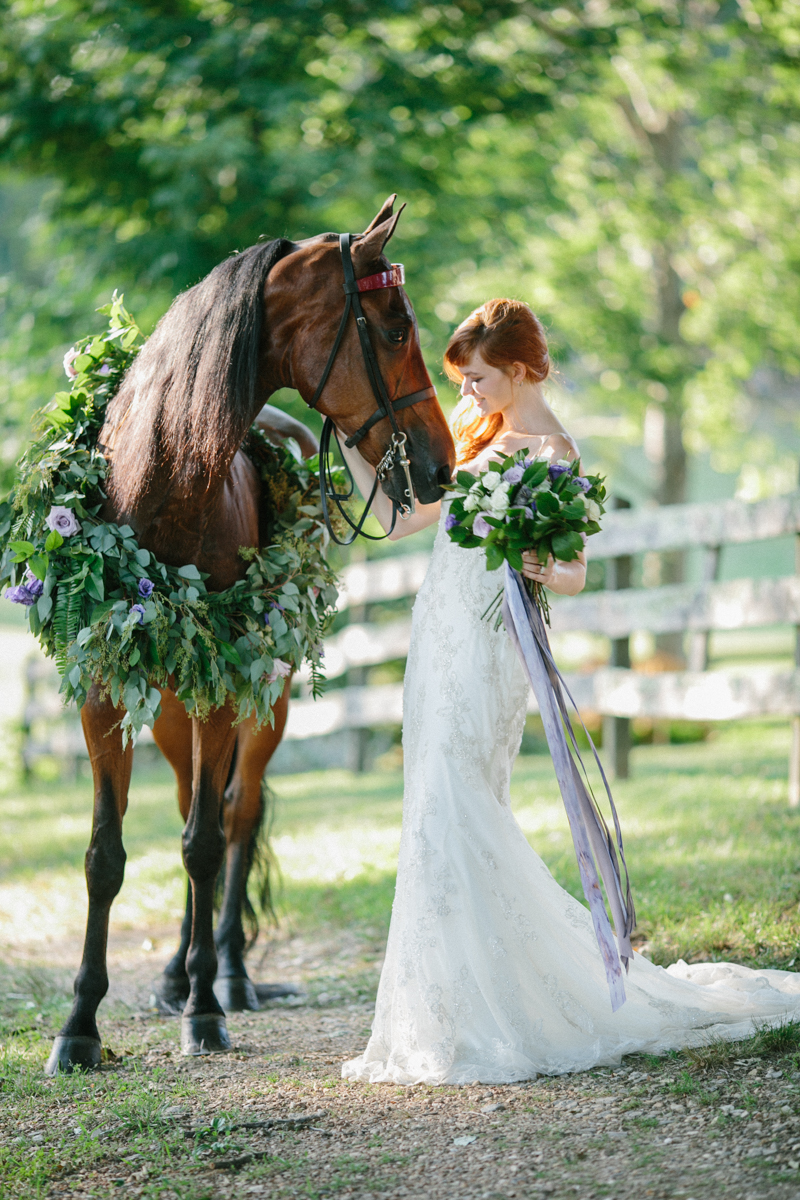 Abby_Elizabeth_Knoxville_Wedding_Photography_Horse_Boho_Bride_Bjorvala_Farms_red_Hair (57 of 63).jpg