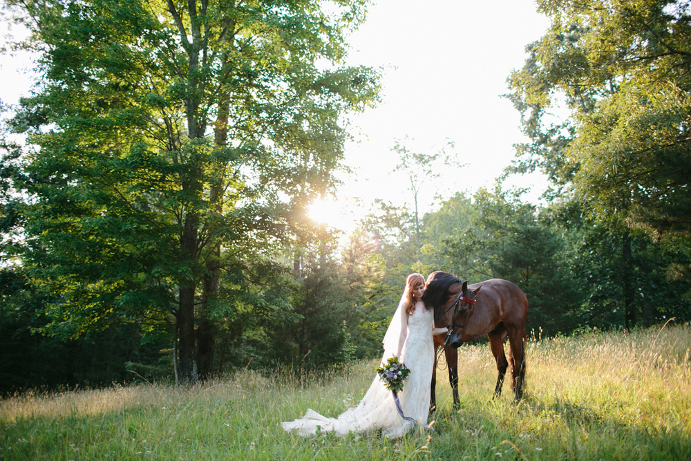 Abby_Elizabeth_Knoxville_Wedding_Photography_Horse_Boho_Bride_Bjorvala_Farms_red_Hair (59 of 63).jpg