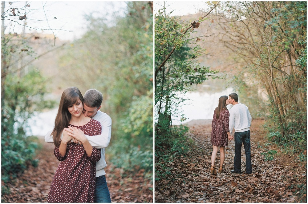 Knoxville_Engagement_Fall_Film__portra400_Abby_Elizabeth_Abigail_Malone_2015-5.jpg