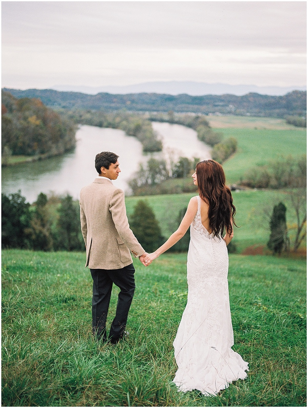 Abigail_Malone_Fall_Wedding_Knoxville_Film_Portra_400_Kodak_Mountain_Views_Abby_Elizabeth-7.jpg