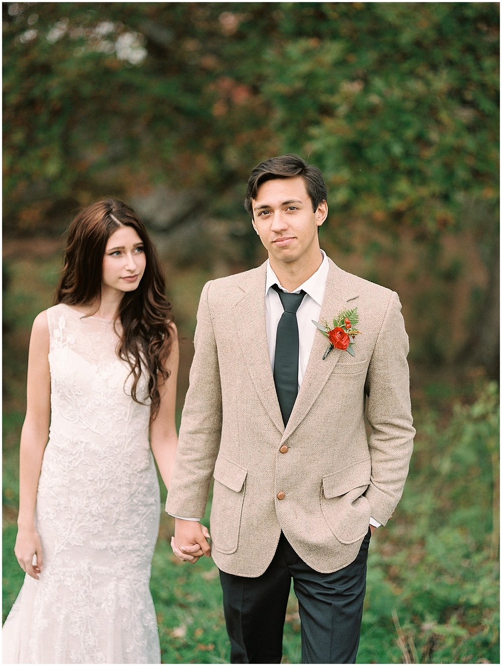 Abigail_Malone_Fall_Wedding_Knoxville_Film_Portra_400_Kodak_Mountain_Views_Abby_Elizabeth-62.jpg