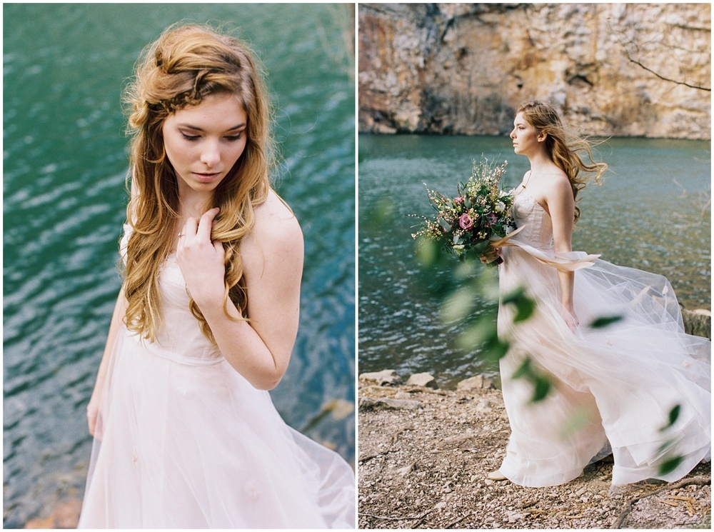 Abigail_Malone_Photography_Film_Photography_Portra_400_Knoxville_Wedding_Blush_Dress_Windy_Bridal_Portrait_9.jpg