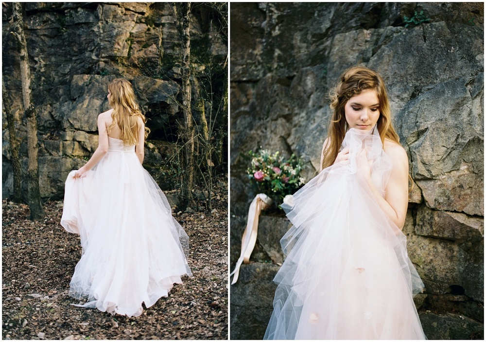Abigail_Malone_Photography_Film_Photography_Portra_400_Knoxville_Wedding_Blush_Dress_Windy_Bridal_Portrait_32.jpg