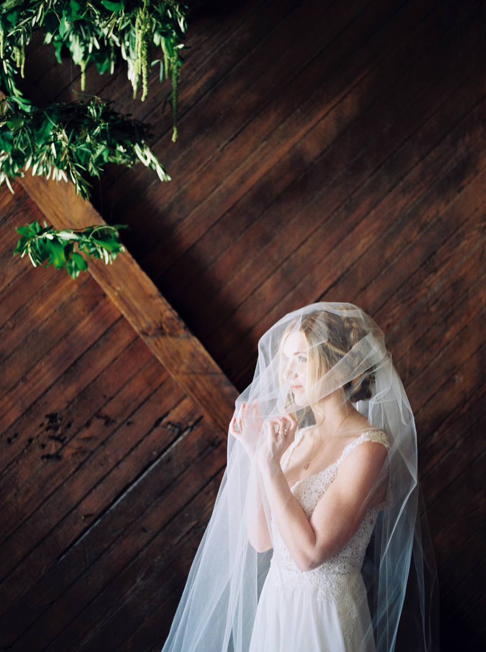 Abigail_Malone_Jackson_Terminal_Film_Wedding_Photography_Knoxville_Tennessee_Spring_Wedding-6.jpg