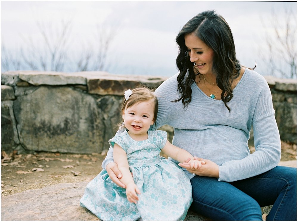 Abigail_Malone_Film_Family_Photography_Knoxville_Tennessee_Nashville__Chattanooga_Maternity_Lookout_Mountain_0027.jpg