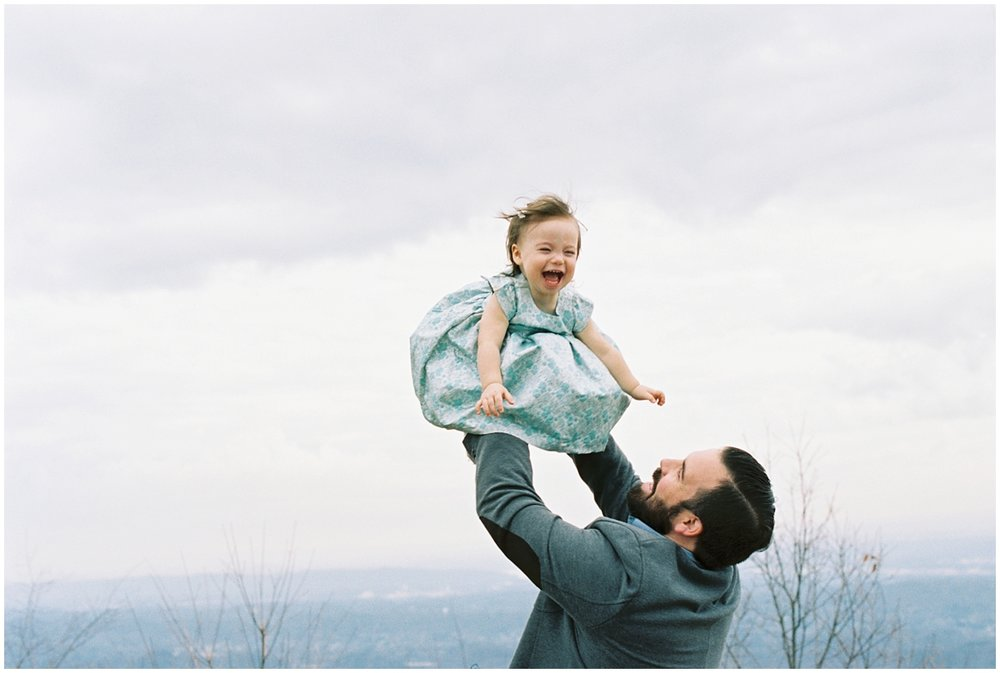 Abigail_Malone_Film_Family_Photography_Knoxville_Tennessee_Nashville__Chattanooga_Maternity_Lookout_Mountain_0021.jpg