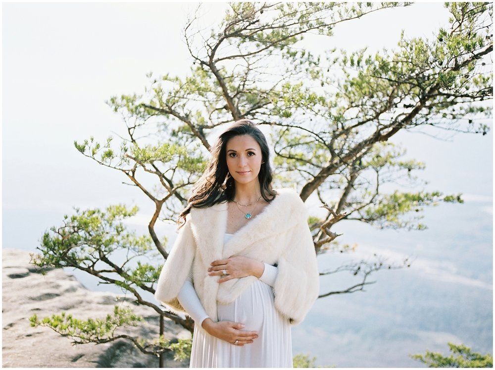 Abigail_Malone_Film_Family_Photography_Knoxville_Tennessee_Nashville__Chattanooga_Maternity_Lookout_Mountain_0007.jpg