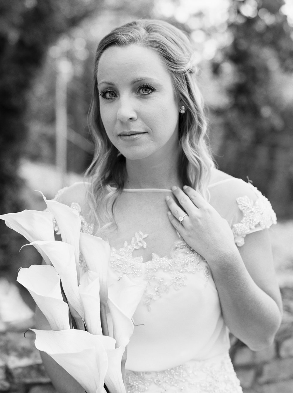 Katie_Matt_Wedding_Knoxville_Botanical_Garden_Abigail_Malone_photography-57.jpg