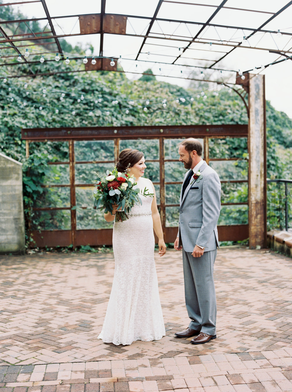 Jessica_Bryan_Wedding_Standard_Knoxville_Abigail_Malone_Photography-179.jpg