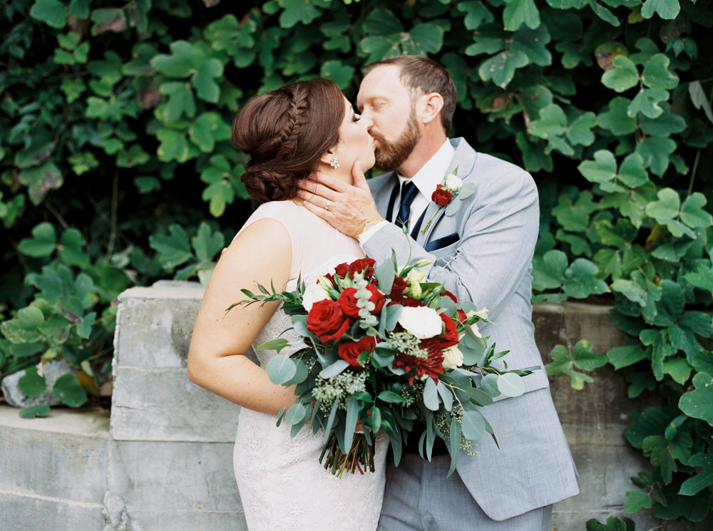 Jessica_Bryan_Wedding_Standard_Knoxville_Abigail_Malone_Photography-245.jpg