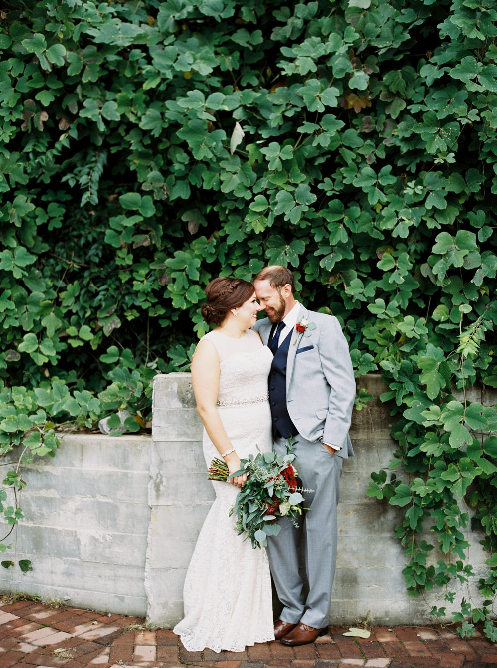 Jessica_Bryan_Wedding_Standard_Knoxville_Abigail_Malone_Photography-241.jpg