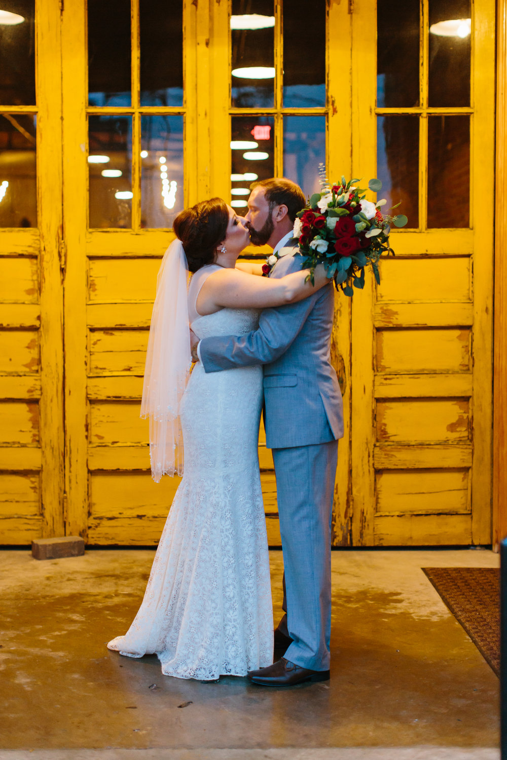 Jessica_Bryan_Wedding_Standard_Knoxville_Abigail_Malone_Photography-583.jpg