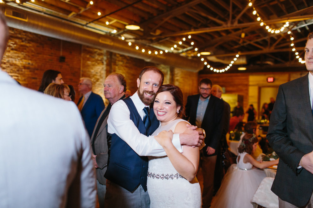 Jessica_Bryan_Wedding_Standard_Knoxville_Abigail_Malone_Photography-666.jpg