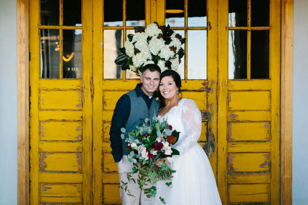 Lauren_Jeremy_Standard_Wedding_Knoxville_Abigail_Malone_Photography_FIlm-277.jpg
