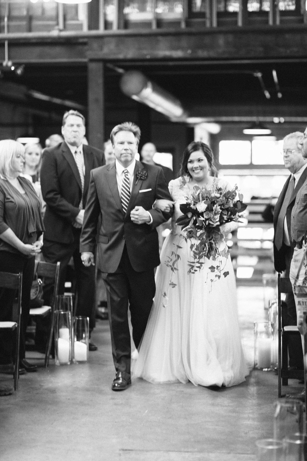 Lauren_Jeremy_Standard_Wedding_Knoxville_Abigail_Malone_Photography_FIlm-463.jpg