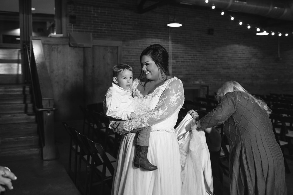 Lauren_Jeremy_Standard_Wedding_Knoxville_Abigail_Malone_Photography_FIlm-519.jpg
