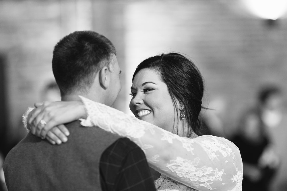 Lauren_Jeremy_Standard_Wedding_Knoxville_Abigail_Malone_Photography_FIlm-537.jpg