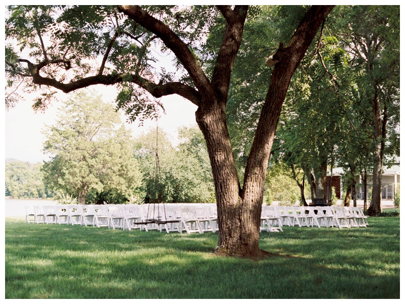 Fionnie_Jacob_Marblegate_Farm_Wedding_Knoxville_Abigail_Malone_Photography-578.jpg