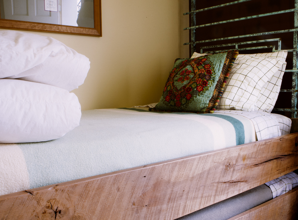 Reclaimed Material Trundle Bed