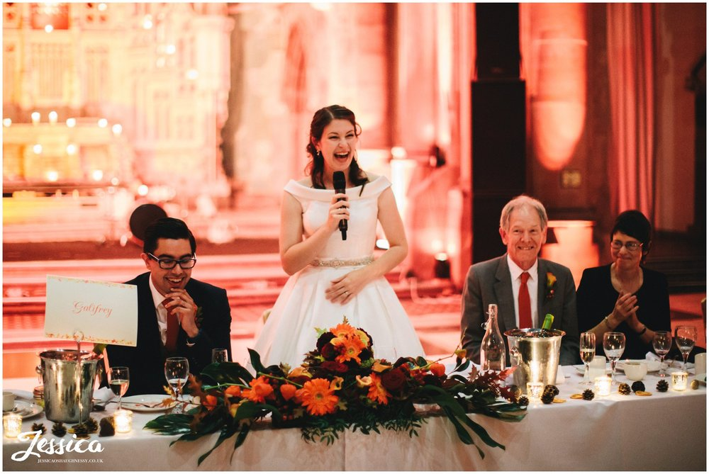 bride gives her speech to thank her family