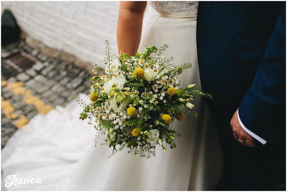 close up of the brides bouquet