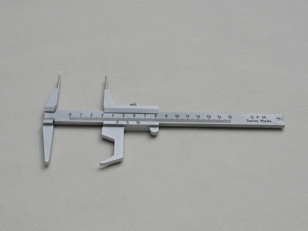 Sliding Caliper (with vernier) 105