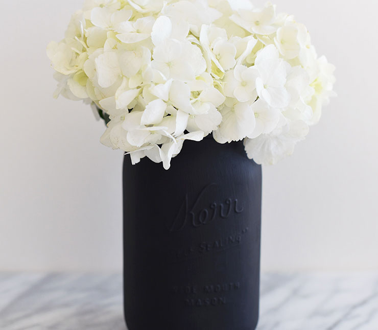 Diy Matte Black Mason Jar Vase Mel Dallas Lifestyle Design And