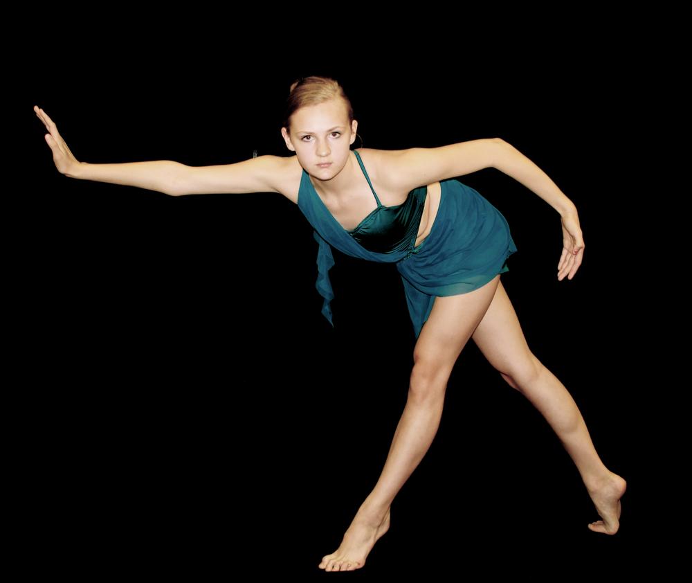 Teen Dancers 44