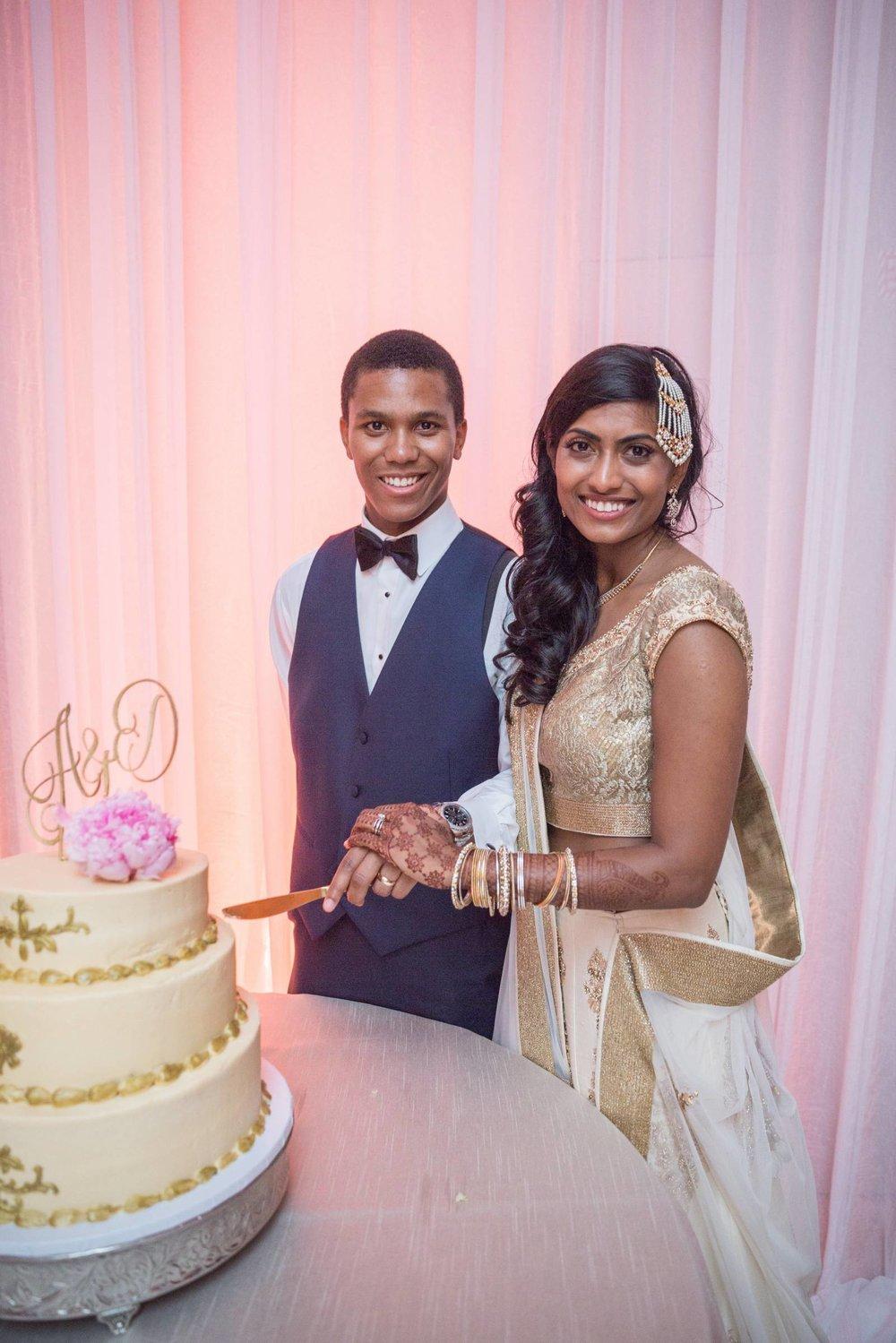 ayesha cake 1.jpg