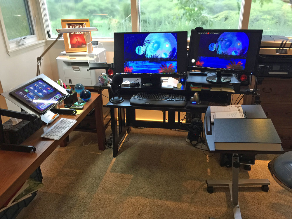 desk 2 nov 11.jpg
