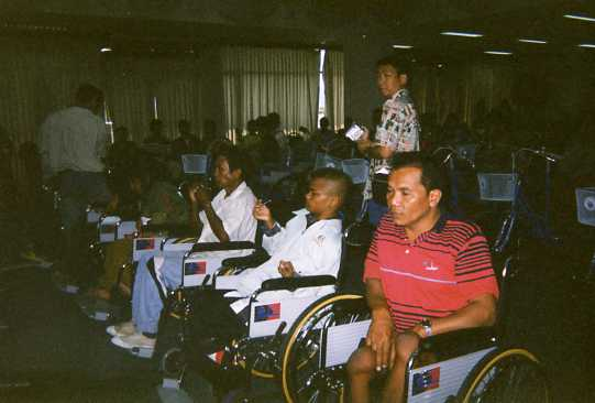 wheelchair001.jpg