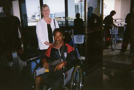wheelchair002.jpg