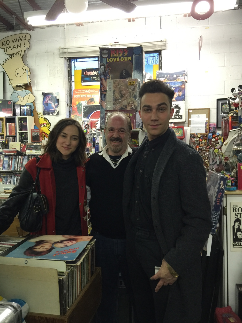 Actor Luke Brandon and Actress Zelda Williams stop by EZ2collect