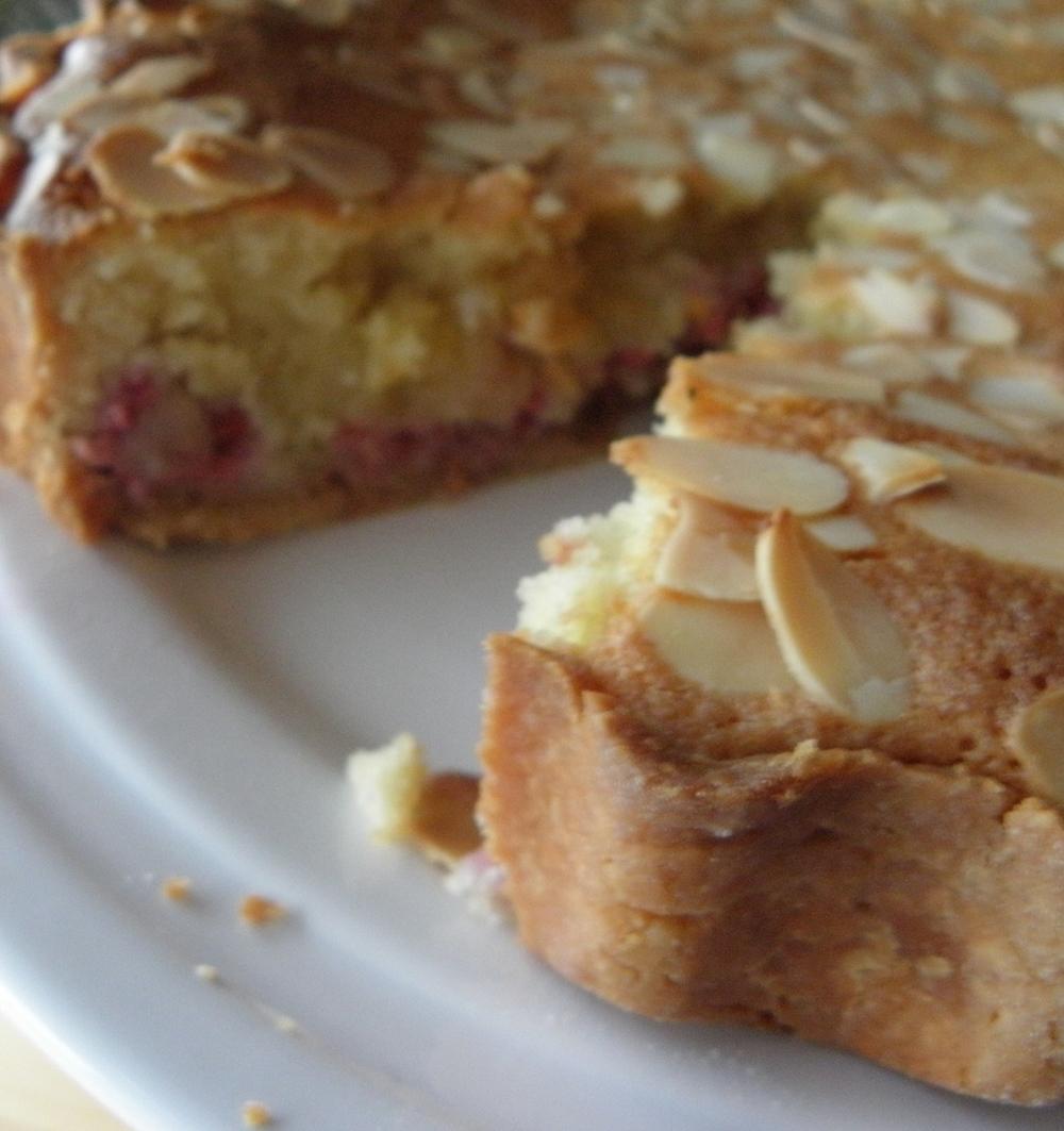 Raspberry Bakewell tart