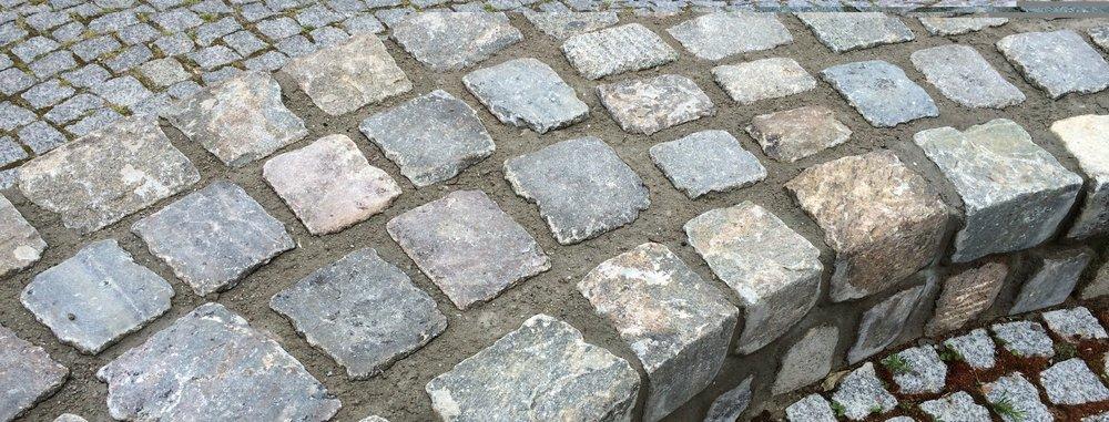 Steine Wannseeterrassen.JPG