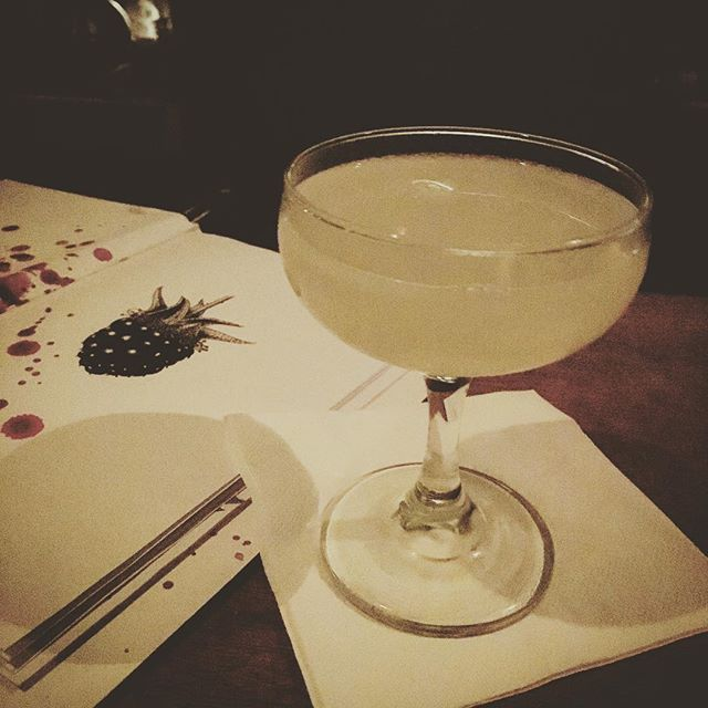 The fringe may pull people to this town, but the real show is this beaut #dto @bramblebar w/ @_havanaclub 3 yr white and an absinthe rinse