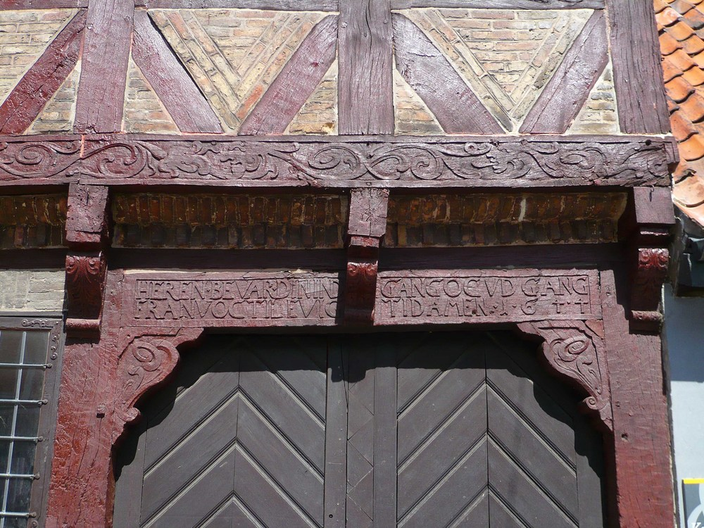 Carved and painted framing to a house in Køge