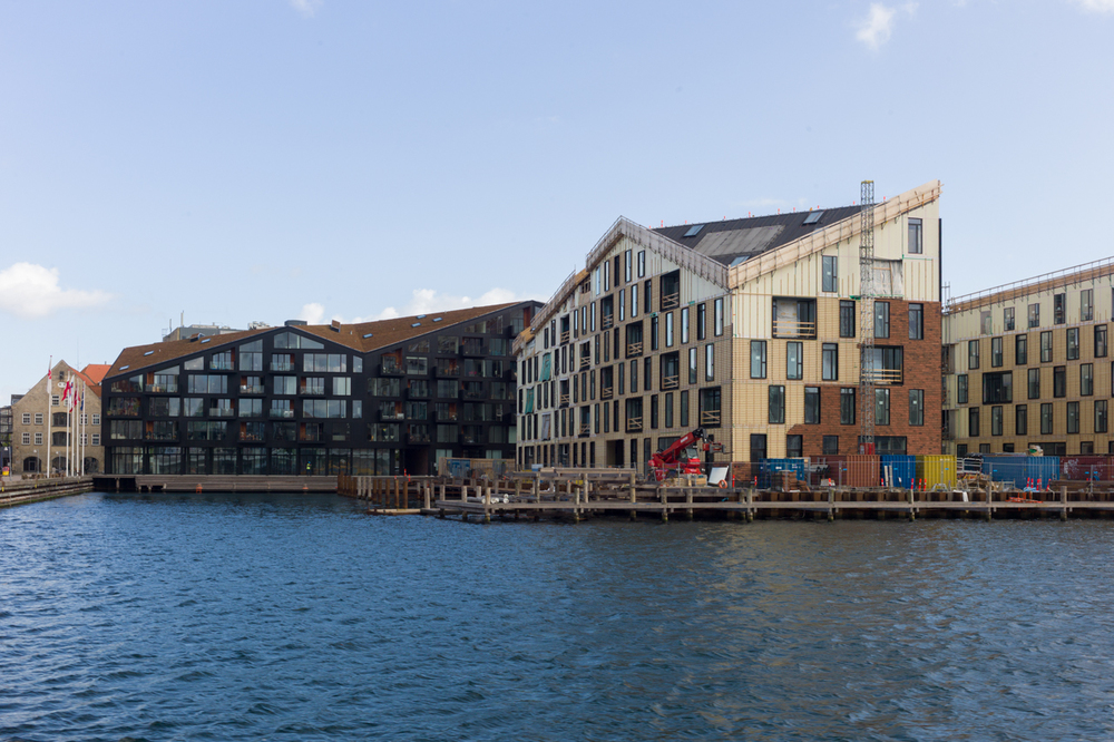 The most recent apartment buildings on the inner harbour - Krøyers Plads by Vilhelm Lauritzen and COBE -nearing completion