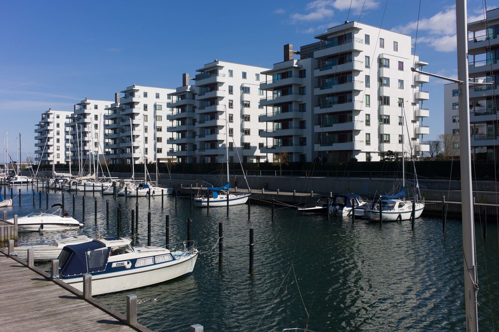 apartments on the south quay of the Tuborg dock - Tuborg Havnepark by Dissing and Weitling and completed in 2008