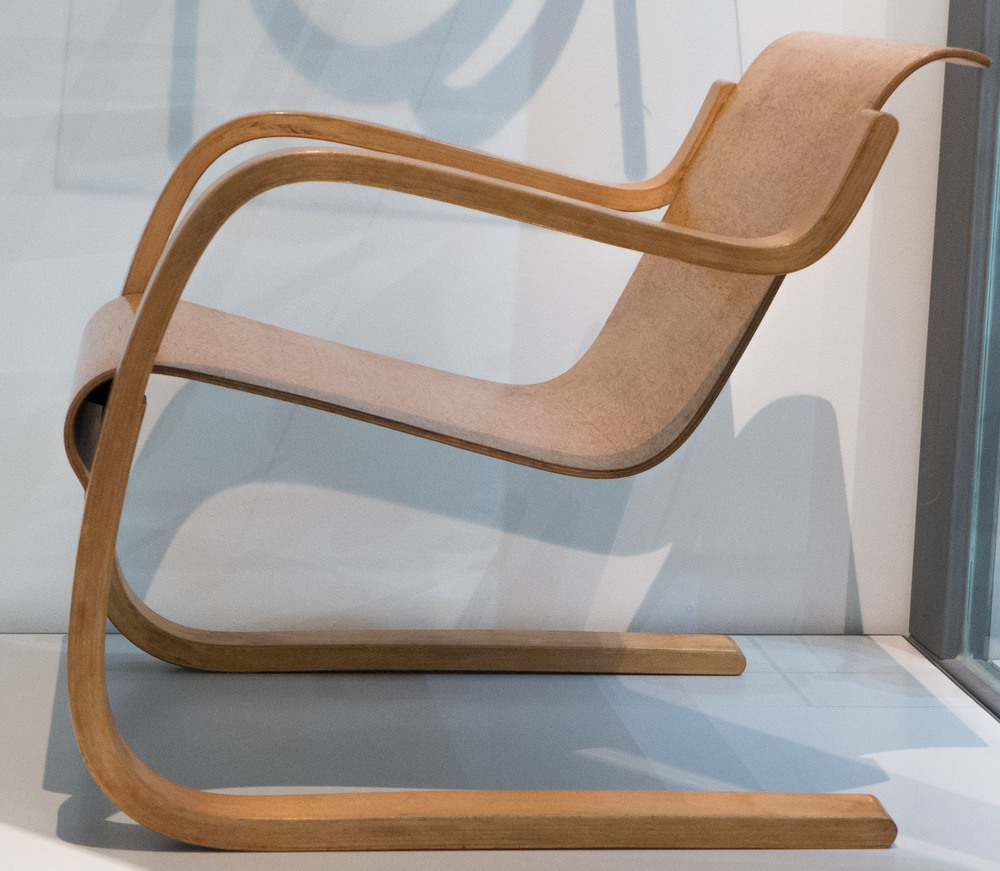 Beau Bentwood Furniture By Alvar Aalto