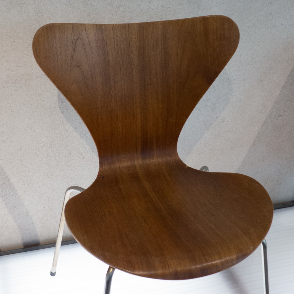 design classic: Series 7 Chair by Arne Jacobsen — danish design review