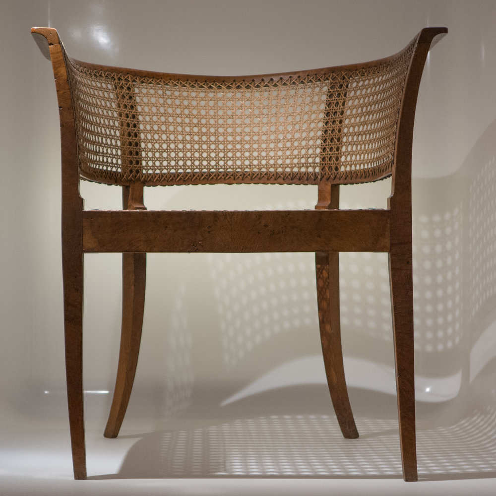 Look - Designs Prestigious of classic royal chairs video