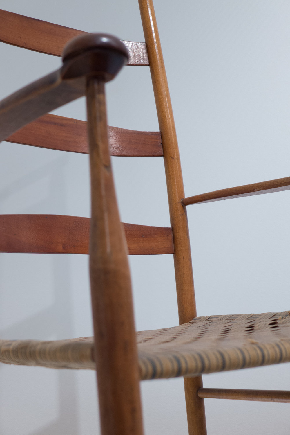 the Shaker rocking chair in the collection at Designmuseum Danmark ...