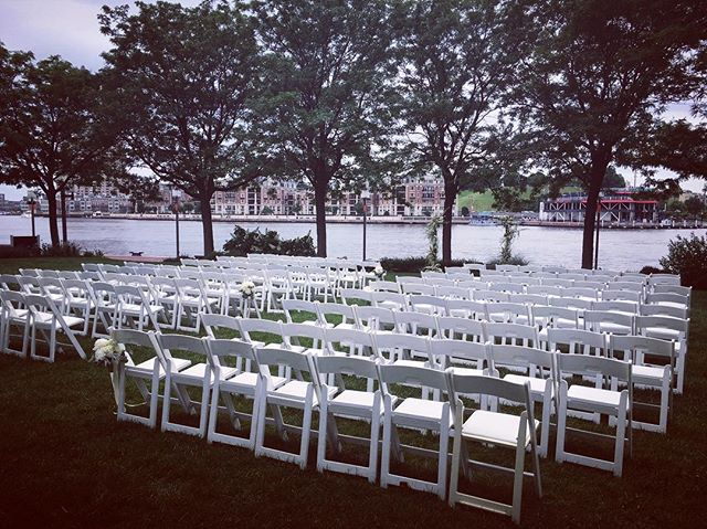 Waterfront ceremony! #tworiverschambermusic #stringquartet #marylandweddings