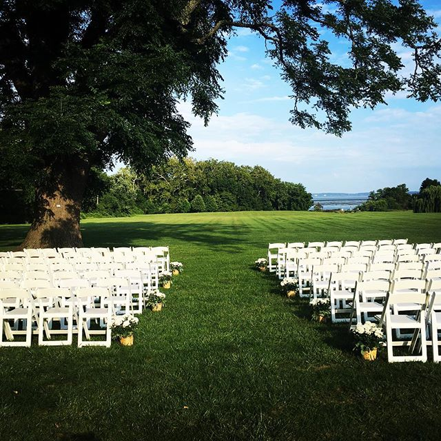 Beautiful ceremony at a beautiful venue!  #swanharborfarm #marylandwedding #tworiverschambermusic