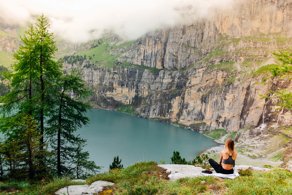 Yoga Lake Oeschinensee