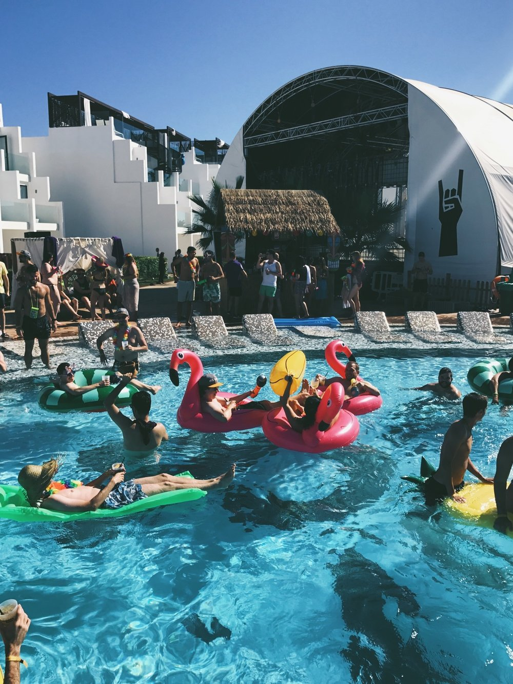 trivago On Tour Pool Party pool floats