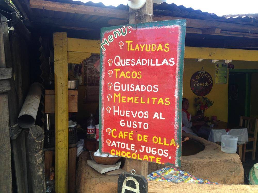 Street food inSan José del Pacífico .
